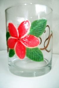 Peinture sur verre de table frangipanier rose