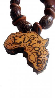 Pendentif kwi carte afrika